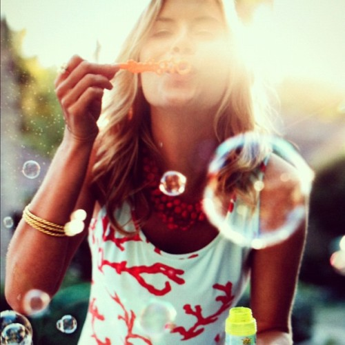 bubbles-girl-vintage-woman-Favim.com-5229328
